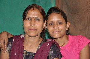 Manisha with her mother Nilam
