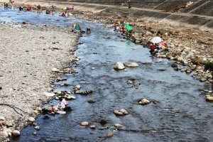 People use the river as their main water supplying for cooking, cleaning and washing.