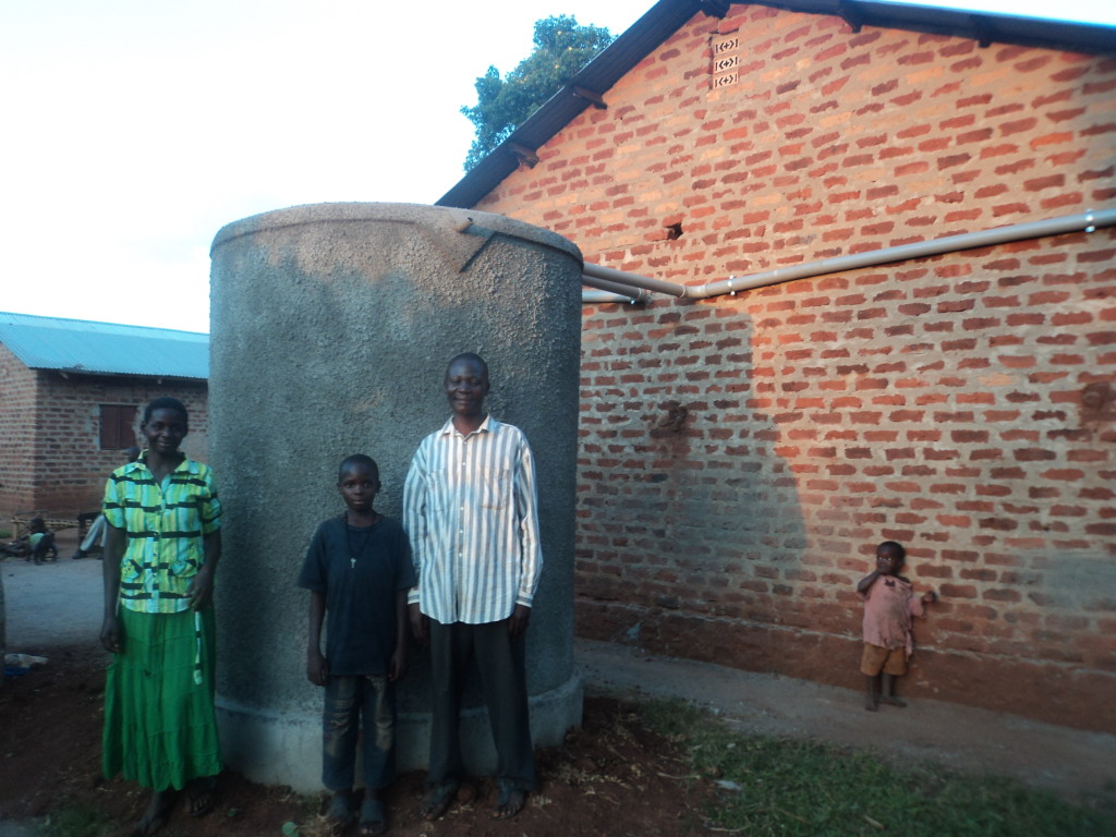 Thanks to the Ferro tank, Edward and his family now looked forward to rainy season!